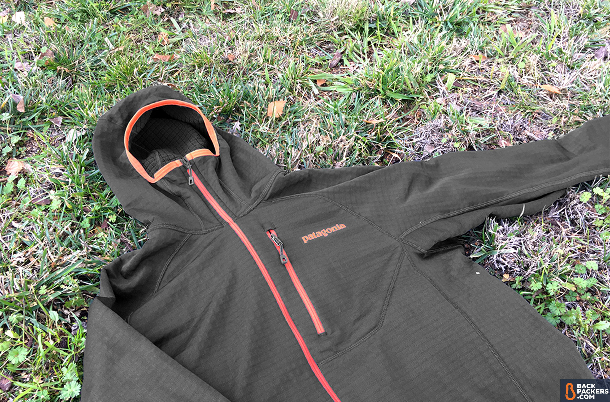 patagonia-r1-hoody-full-side