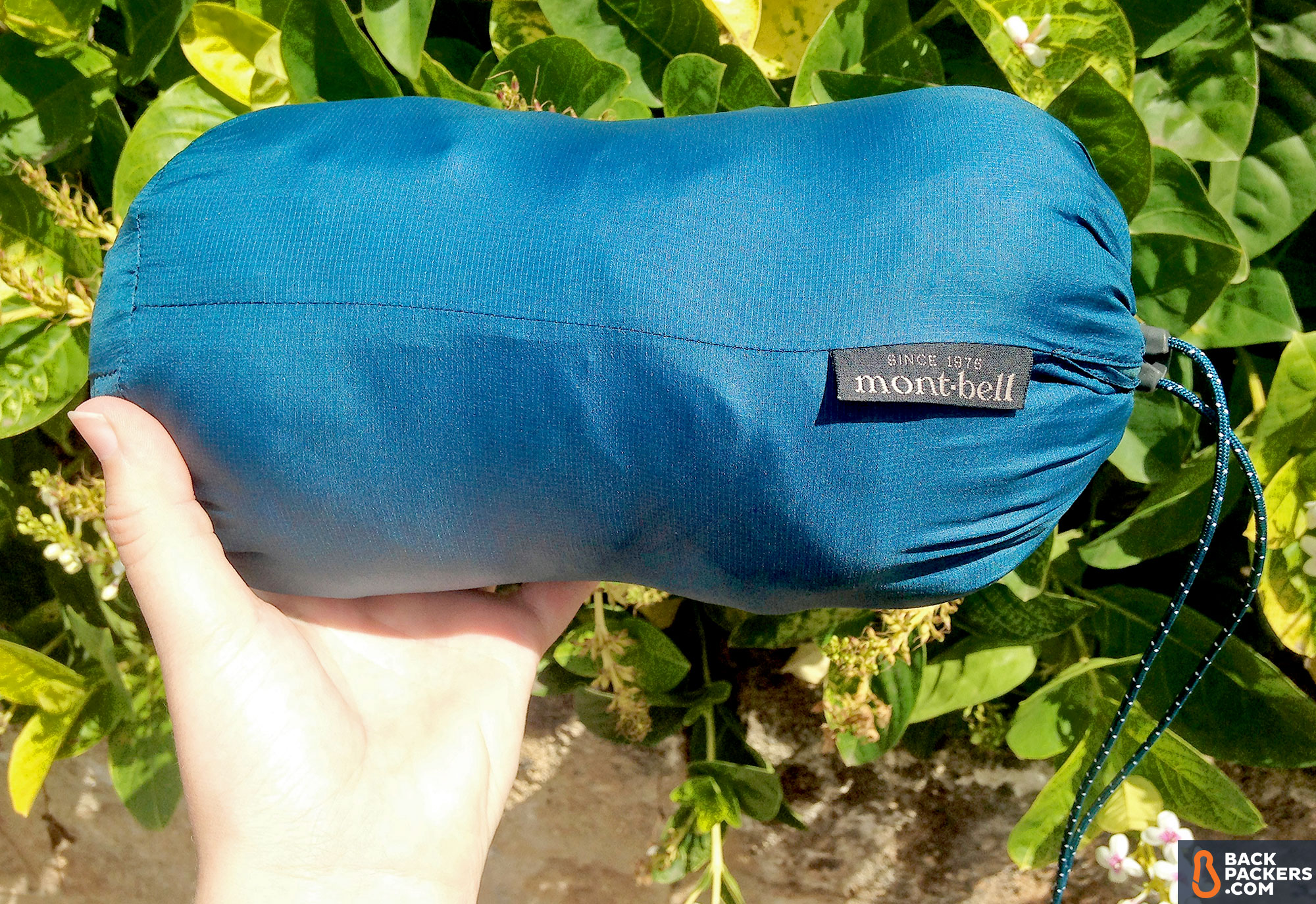 Montbell UL Thermawrap packable jacket stuff sack & Montbell UL Thermawrap Parka: Ultralight Synthetic Packable Jacket